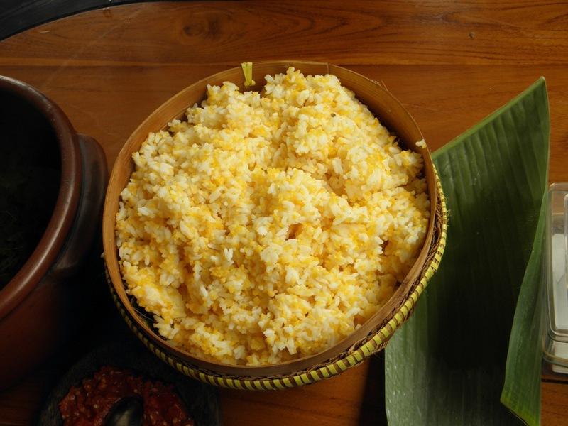 nasi jagung dan lauknya